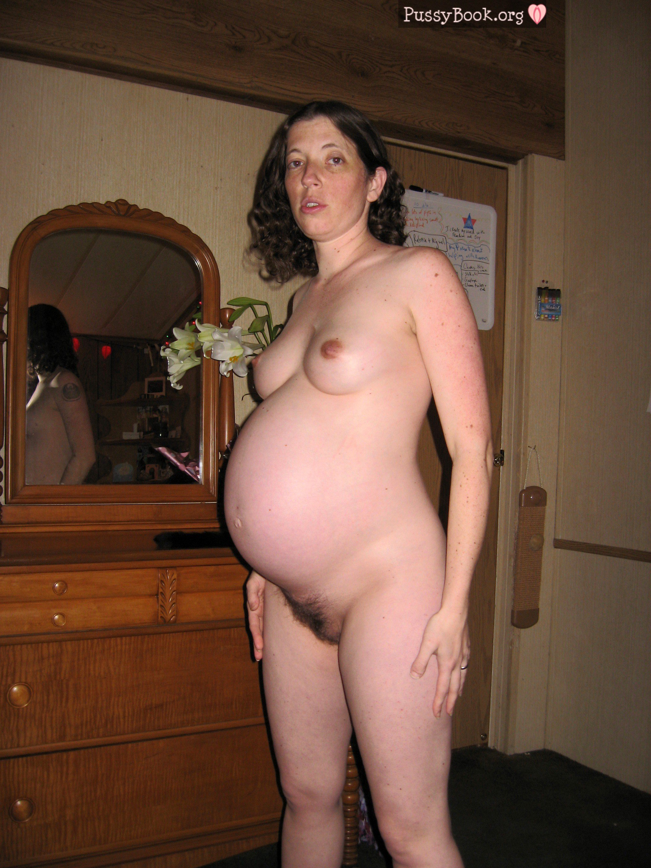 Big breast pregnant women-7137