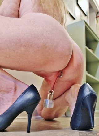 Squatting Ass Long Labia Padlock Piercing Hanging
