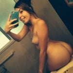 Nude Babe Selfie of Perfect Round Butt