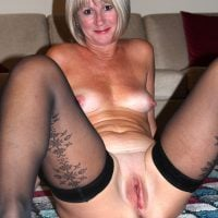 Ordinary Mature Wife Posing Bald Cunt and Boobs