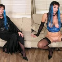 blue-hair-lady-halloween-dress-and-undressed