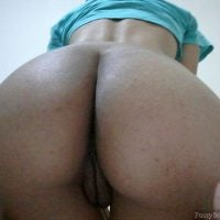 naked-phat-african-booty-bending