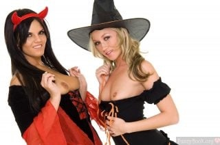 topless-lesbian-couple-witch-devil-halloween