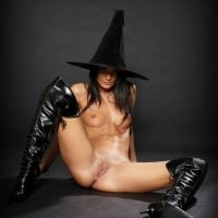 witchs-pussy-and-tits