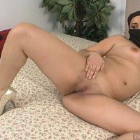 arabian-naked-slut-with-niqab