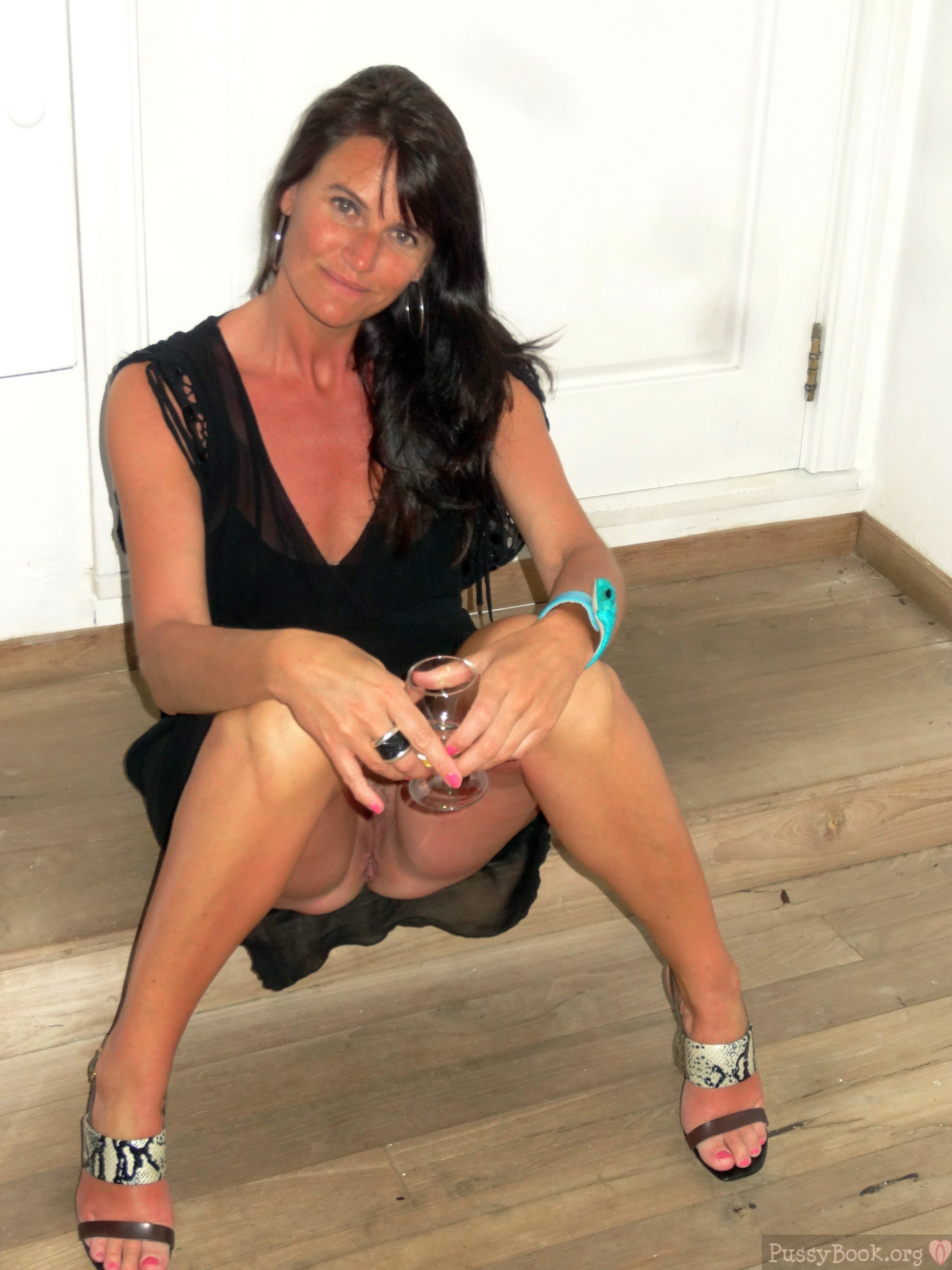 mature-mistress-caught-on-camera-with-pussy