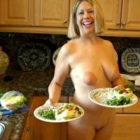 nude-blonde-american-wife-serving-food