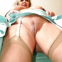 Hot Granny Old Pussy Upskirt
