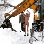 Working Girl Nude on the Snow