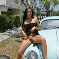 Flashing Pussy on a Trabi