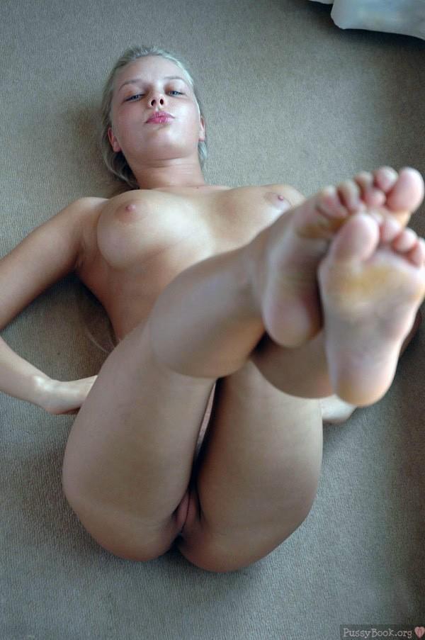 Gorgeous Blonde Teen Naked Exercising