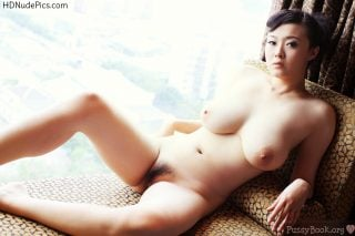 Amateur-Naked-Busty-Chinese-Gal-at-Home-HD
