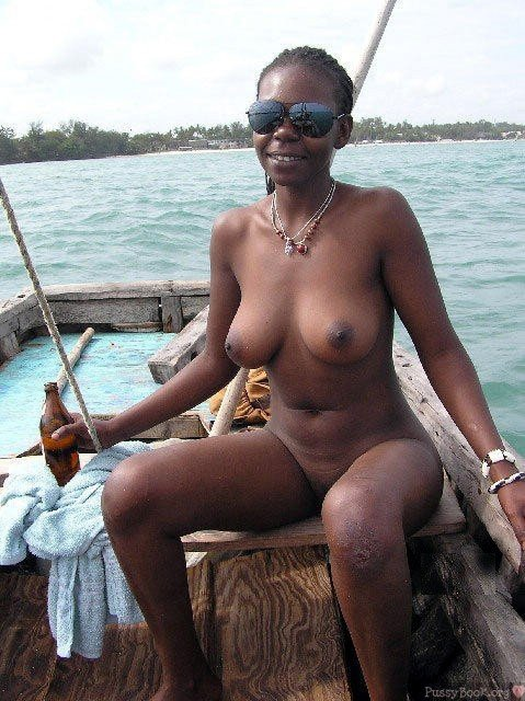 Ebony Nudist Woman On A Raft Nude Girls Pictures-8166