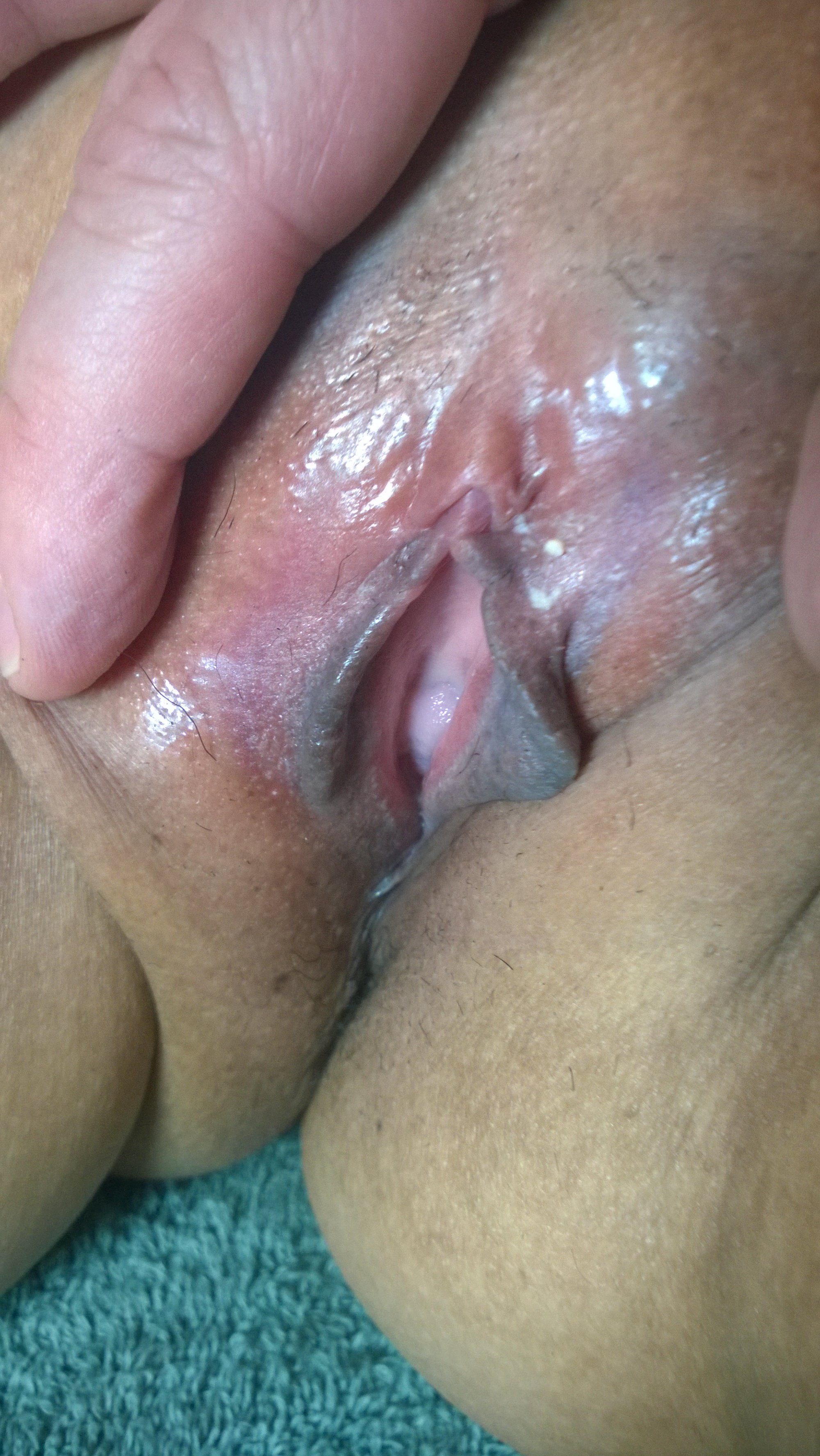 Spread_Mature_Asian_Pussy_3