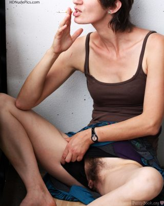 Flashing-Hairy-Fleshy-Cunt-while-Smoking-HD