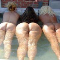 3-floating-booties