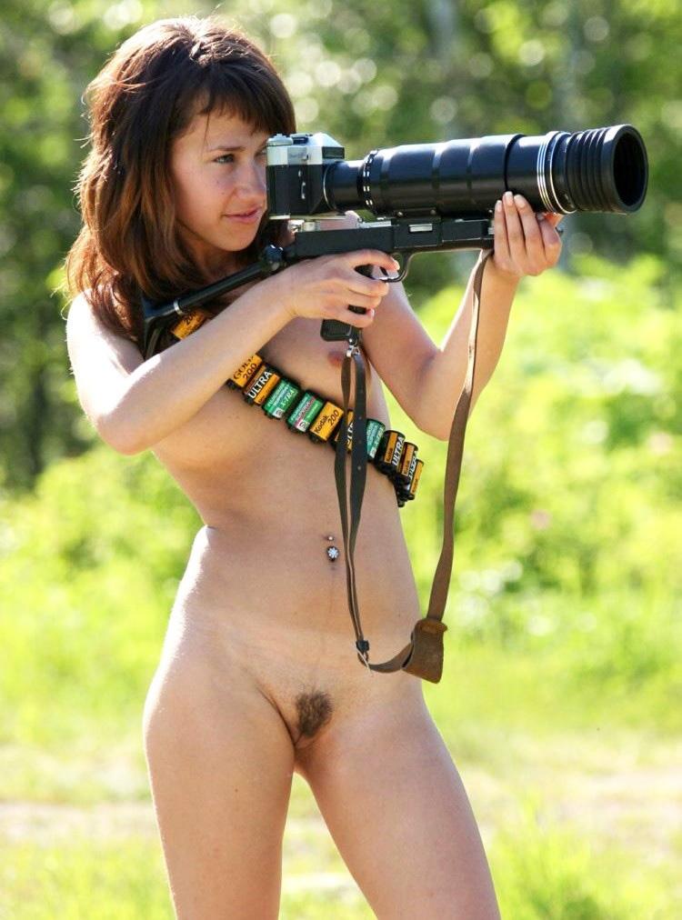 Alaston Tyttö Kameralla