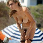 Spy Camera on Beach Caught Woman Undressing