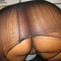 african-big-thick-butt-bending-over