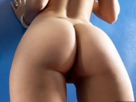 ass-buttocks-on-the-wall