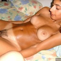 attractive-nude-pakistani-girl-in-bed