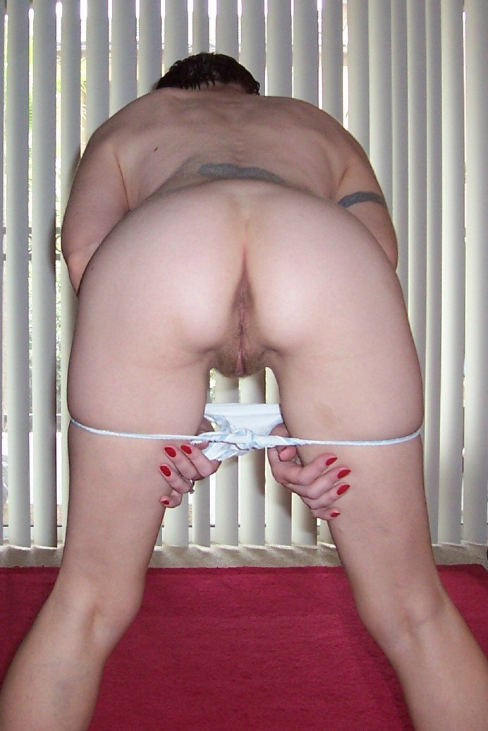 mature amateur naked and bent over