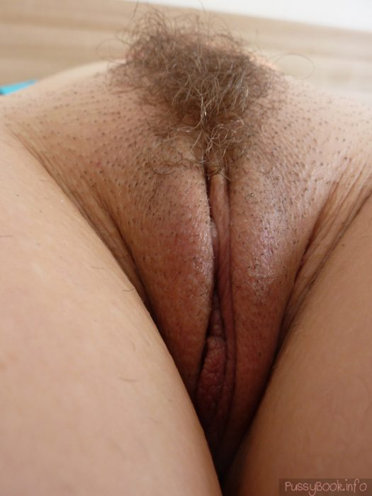 Long pubic hair bulging out of her white pantys 10