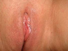 close-up-shaved-shiny-vulva-labia