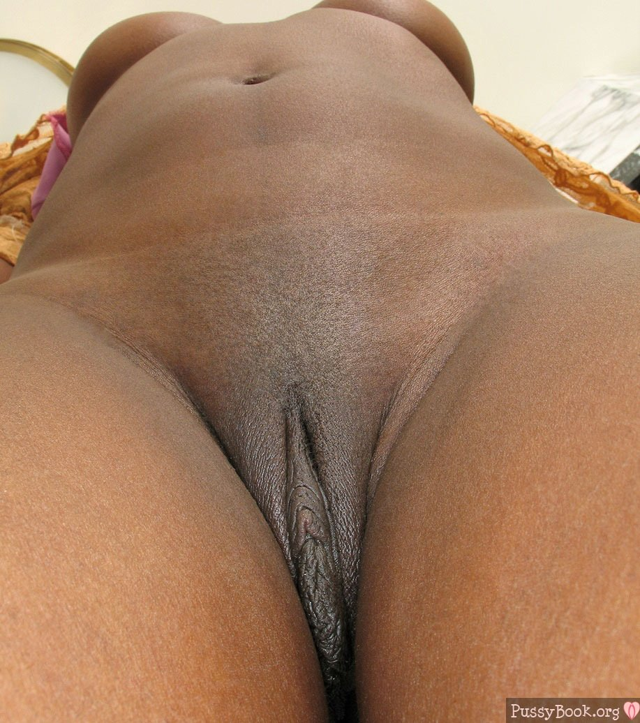 Ebony Big Black Pussy Vulva With Long Labia Nude Girls -7405