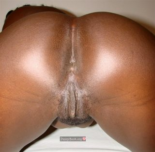 ebony-female-ass-crack-nude
