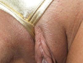 extra-large-long-labia-latina-pussy