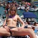 Flashing Pussy at Turistic Harbor