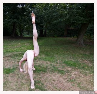 flexible-yoga-girl-nude-outdoor-in-the-wood