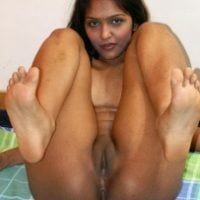 genuine-indian-girl-legs-up-small-pussy