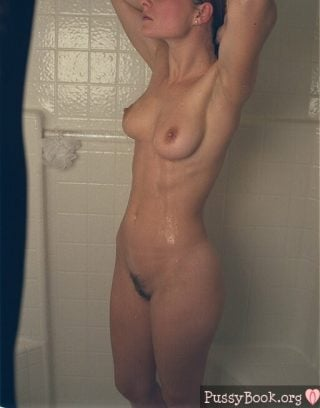 hairy-wet-pussy-amateur-female-in-shower