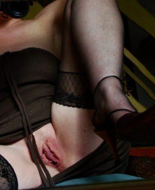 hot-stockings-pussy-matured
