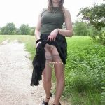 Lady Flashing her Pussy Outdoor