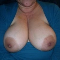 mature-boobs-out-of-blouse