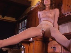 mature-fluffy-pussy-hole-in-the-stockings
