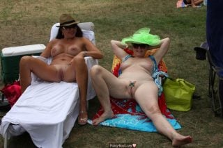 mature-ladies-naked-outdoors