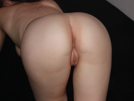 mature-milf-ass-and-pussy-doggystyle-naked-huge-wallpaper