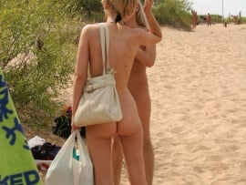 mother-and-daughter-nudes-on-beach-private-photo