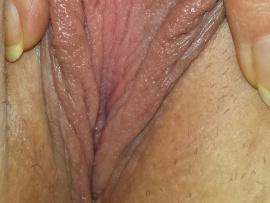 ms--t-pretty-vagina-lips-close-up