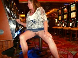 my-wife-flashing-vegas