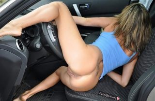 naked-ass-girl-fantasy-with-wheel