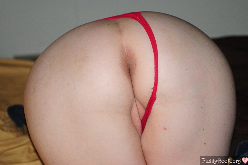 Wife naked white ass
