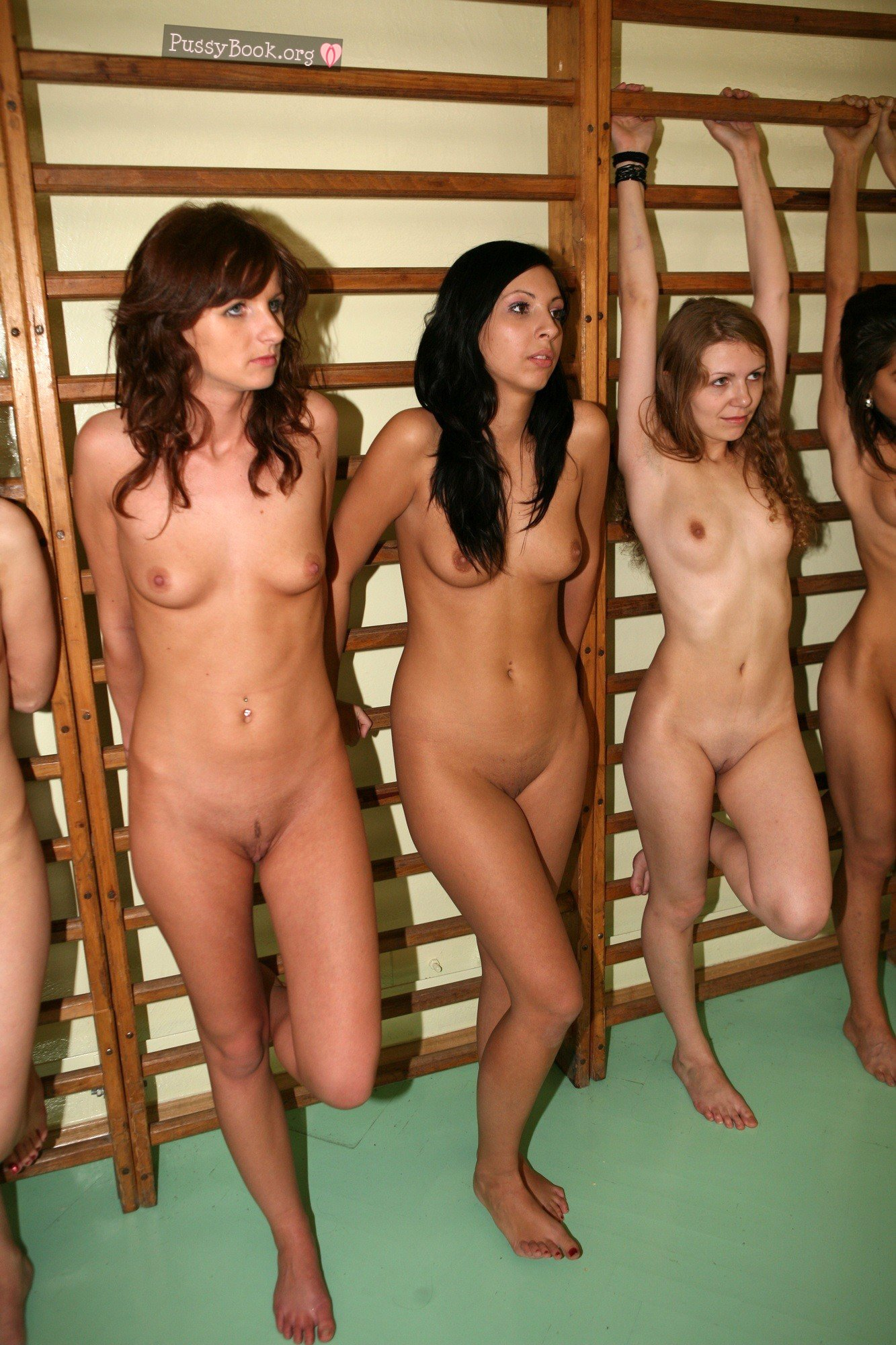 classes women in the nude