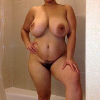 nude-chubby-busty-milf-in-bathroom