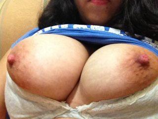 perihan-of-london-showing-big-tits