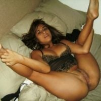 peruvian-wife-spreading-legs